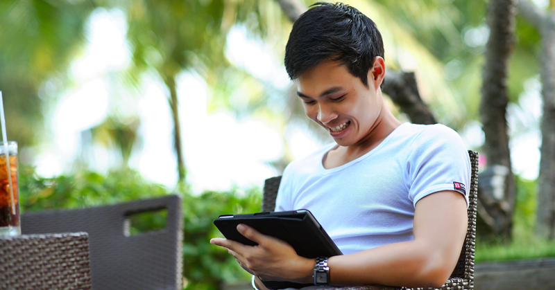 Here's How OFWs Can Enrol in TESDA's Free Online Training Program