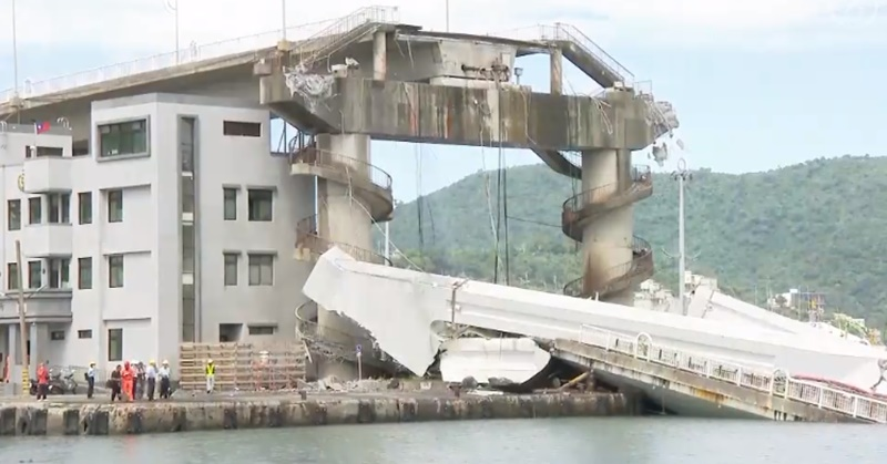 2 OFWs Killed, 5 Injured in Taiwan Bridge Collapse