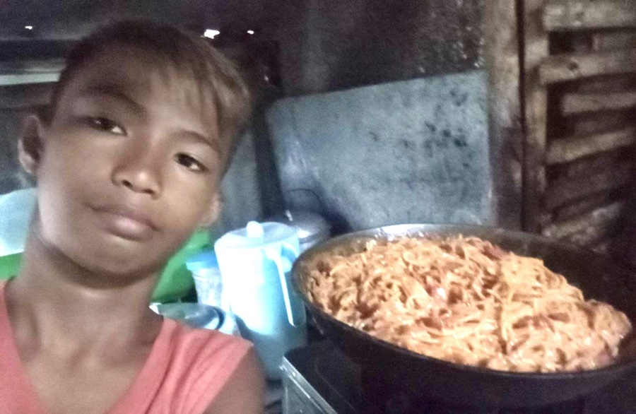 [TRENDING] Birthday Boy in Viral Post Reveals that Mom Spent Last Php 300 for Spaghetti Amid Typhoon